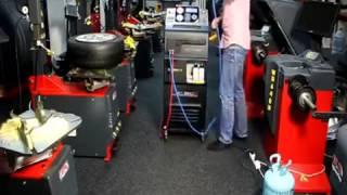 Установка для заправки кондиционеров Oma АС960 от компании Karcher и Nilfisk Alto - видео