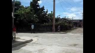 preview picture of video 'Fragmento de vídeo del barrio del Cementerio en Guáimaro'