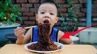 Trò Chơi Ăn Mì Đen Hàn Quốc - Bé Nhím TV - Đồ Chơi Trẻ Em Thiếu Nhi
