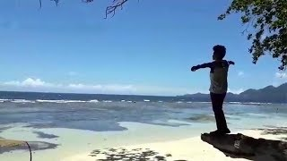 Hamparan Pasir Putih Loyow Miniatur Bali
