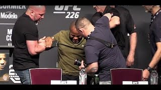 Daniel Cormier Takes Scary Fall Following UFC 226 Press Conference