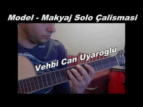 Gitar Dersi - Model - Makyaj Solo Çalışması letöltés