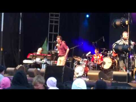 Skydiggers – Just Before The Rain (Live)