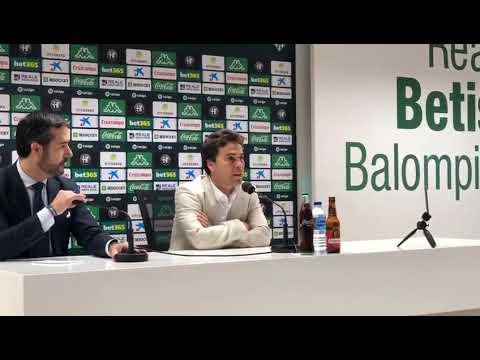 Rueda de prensa de Rubi durante su presentación como entrenador del Betis