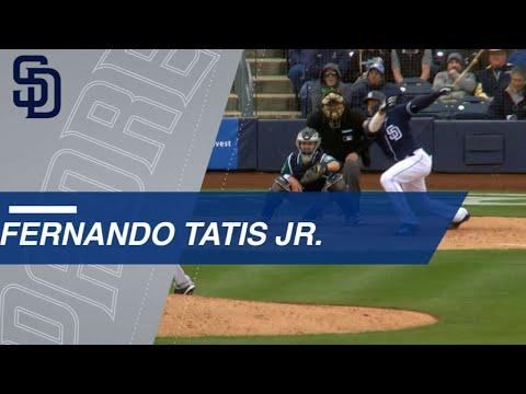 SEA@SD: No. 8 prospect Fernando Tatis Jr. hammers solo homer