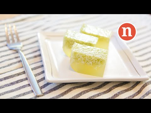 Pandan Jelly with Coconut Milk | Agar-Agar Pandan [Nyonya Cooking]