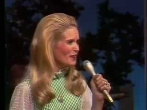 Deathbillies vs. Lynn Anderson - I Never Promised You A Rose Garden