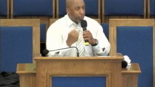 preview picture of video 'DR. RUPERT BUSHNER JR. (2012) Preaching at The Hamilton Seventh-day Adventist Church'