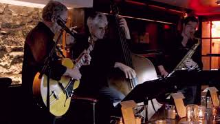 """The Perry Beekman Trio - """"I've Got the World on a String"""""""