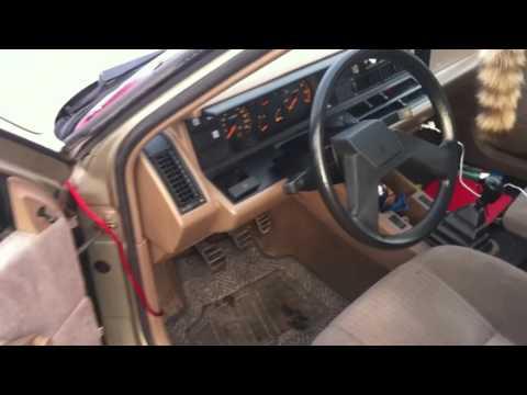 RENAULT 21 GTS (1986) 1/24 New & Box Diecast Model Car Auto Vintage