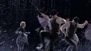 """""""Umbrella/Singin' In The Rain"""""""