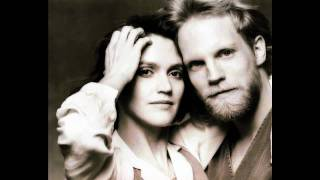 Boy Meets Girl - I Wanna Dance With Somebody (Who Loves Me) (George Merrill & Shannon Rubicam)