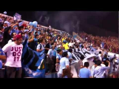"""""""O´HIGGINS DE RANCAGUA_RECIBIMIENTO AL EQUIPO EN ASUNCIÓN PARAGUAY VS C. PORTEÑO"""" Barra: Trinchera Celeste • Club: O'Higgins"""