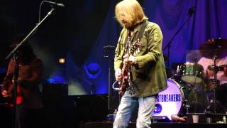 2  Mary Jane's Last Dance TOM PETTY & HEARTBREAKERS LIVE IN CONCERT Chicago United Center 8-23-2014