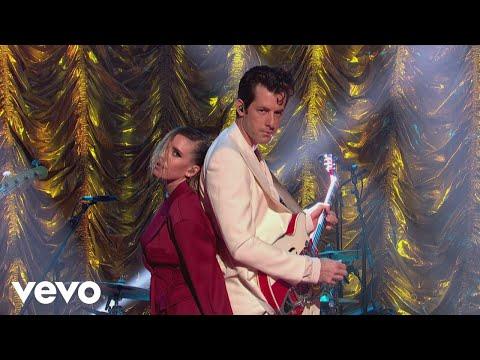 Mark Ronson - Late Night Feelings (Live on The Jonathan Ross Show) ft. Lykke Li