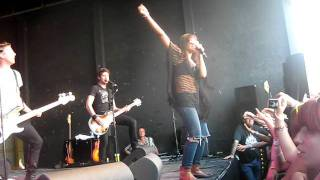 fefe dobson-you witch(live in winnipeg)