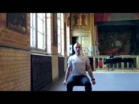 Veure vídeoBicep Curls | Fitness Challenge | DSEngage