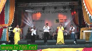 Best Bhangra Song By Heera Group At Trafalgar Sq London