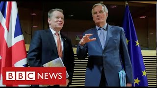"""Brexit trade talks """"on a knife edge"""" with time running out - BBC News"""