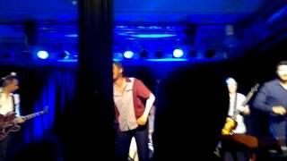 B.B. & The Blues Shacks - standing in the rain