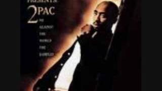 Tupac- Fuck the world (w/ lyrics)