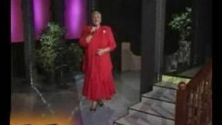 Como Toda Una Mujer - Maria Martha Serra Lima (Video)
