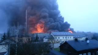 preview picture of video 'Pożar zbiorników z przetwarzanym paliwem Zelów 19.01.2015'