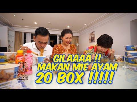 The Onsu Family - GILAAAA !!! MAKAN MIE AYAM 20 BOX !!!