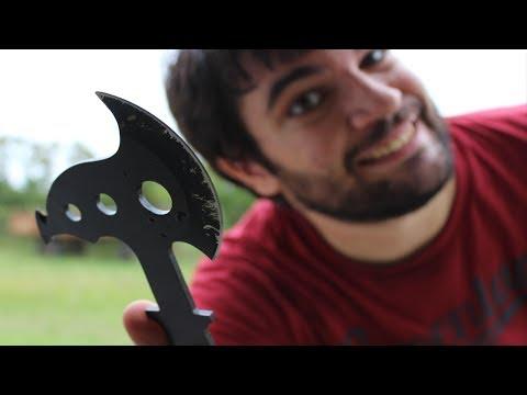 Come lanciare il Mini Tomahawk (ascia)