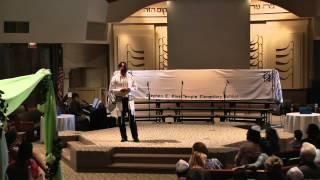 Kindergarteners Receive Torah