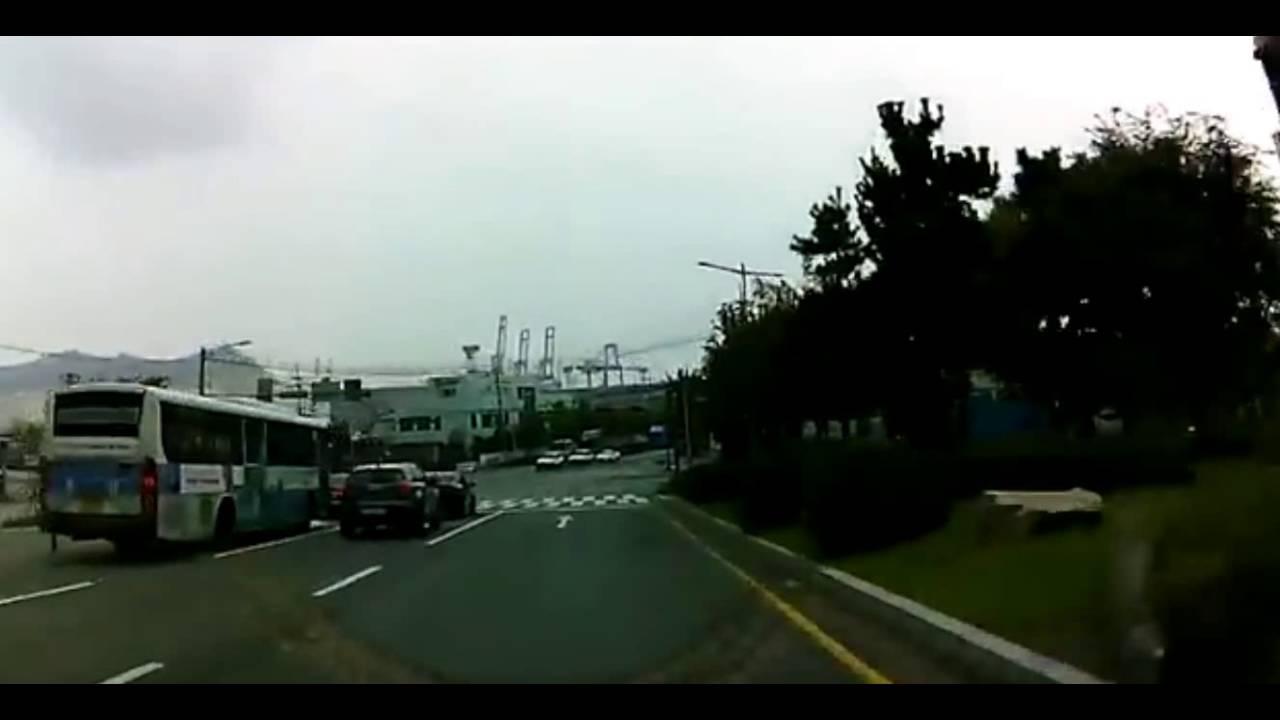 """Четыре человека погибли в Южной Корее... У """"Hyundai Santa Fe""""  отказали тормоза"""
