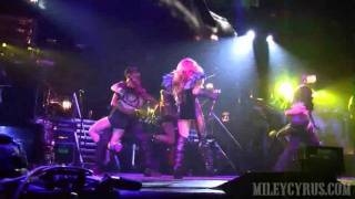 Gypsy Heart Tour à Brisbane - Can't Be Tamed Performance - 21/06/11