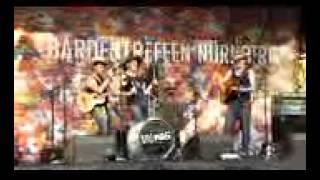 Funny Australian Band is Amazing