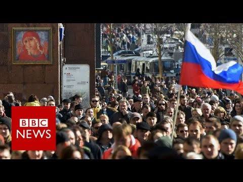 Russia protests: Crowds take to streets over corruption - BBC News