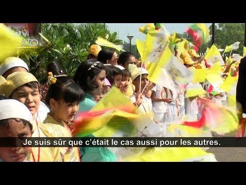 Les catholiques birmans, fous de joie d'accueillir le pape