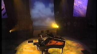Neil Hannon, The Divine Comedy, Summerhouse on BBC Across The Line 1998.MPG