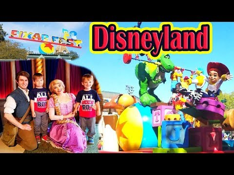 The BEST AMUSEMENT Park For All Family! Funny Playtime For Children At DISNEYLAND FOR Kids