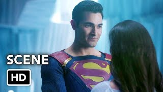 Сериалы CW, DCTV Elseworlds Crossover Clip - Superman Proposes to Lois Lane Scene (HD)
