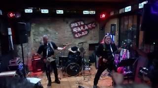 Video 02 Otevři mi svoje dveře - Moto Garage Live