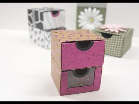 Schubladenbox mit dem Falzbrett für Briefumschläge