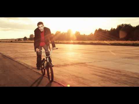 lou911's Video 28656790528 u_-YxOHcFJo