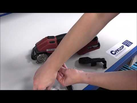 CMT 260 / CHT 450 / CLT 130: Cleaning the tensioning wheel and gear