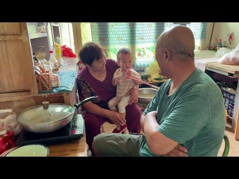 天天奶奶:哥哥家的桃熟了,兄弟姐妹都来帮忙,难得的相聚【乡村的味道官方频道】