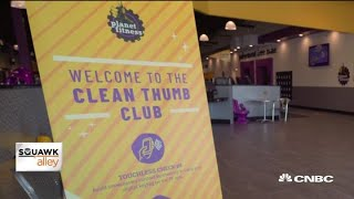 Planet Fitness CEO on gyms reopening and virtual workouts