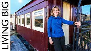 Old Railway Carriage Converted Into Stunning Off-Grid Home - Video Youtube