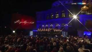 Dresdner Kreuzchor beim Semperopernball 2015