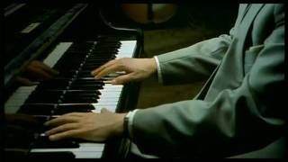 The Pianist (2002) Video