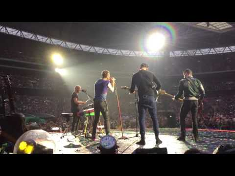 Coldplay - Always in my head live at Wembley 2016 HD