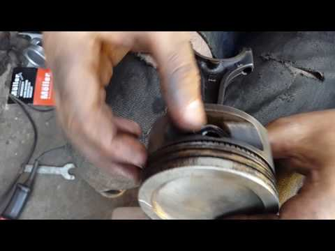 чистка и подготовка поршня к установке, расположение колец на нем C16NZ