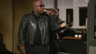 Gnarls Barkley - Gone Daddy Gone (Live Abbey Road 2007)
